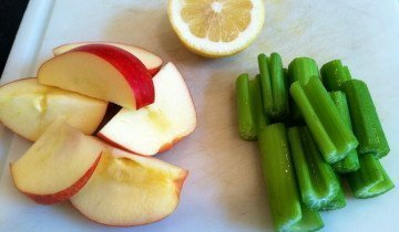 Вкус сельдерея сочетается с яблоком