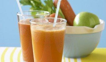 Сок сельдерея можно смешивать с морковным
