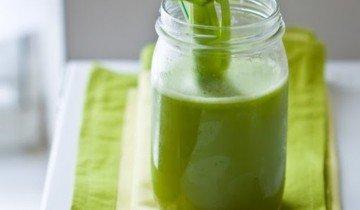 Свежевыжатый сельдерейный сок