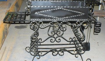 Изображение мангала с элементами ковки, io.ua