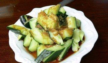 Изображение салата из китайского огурца, gastronomydomine.com