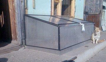Закрывающаяся дровница из поликарбоната, izhevsk.ru