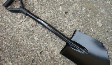 Фото лопаты с металлическим черенком, reibert.info