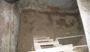 Изображение готовой ямы для кроликов, krol.org.ua