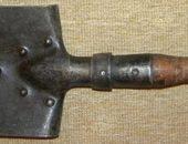 На фото малая пехотная лопата i2.guns.ru