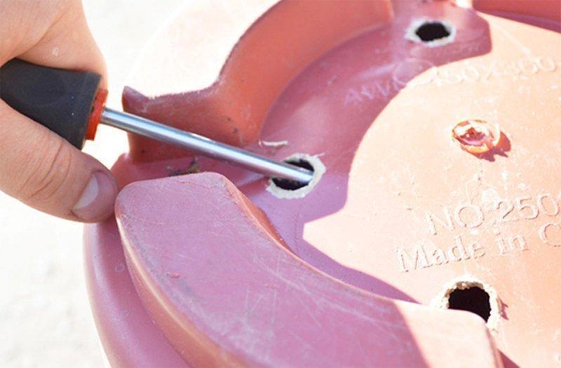 Самостоятельное проделывание дренажных отверстий в горшке