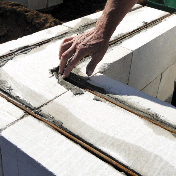 Укрепление пеноблочных стен арматурой