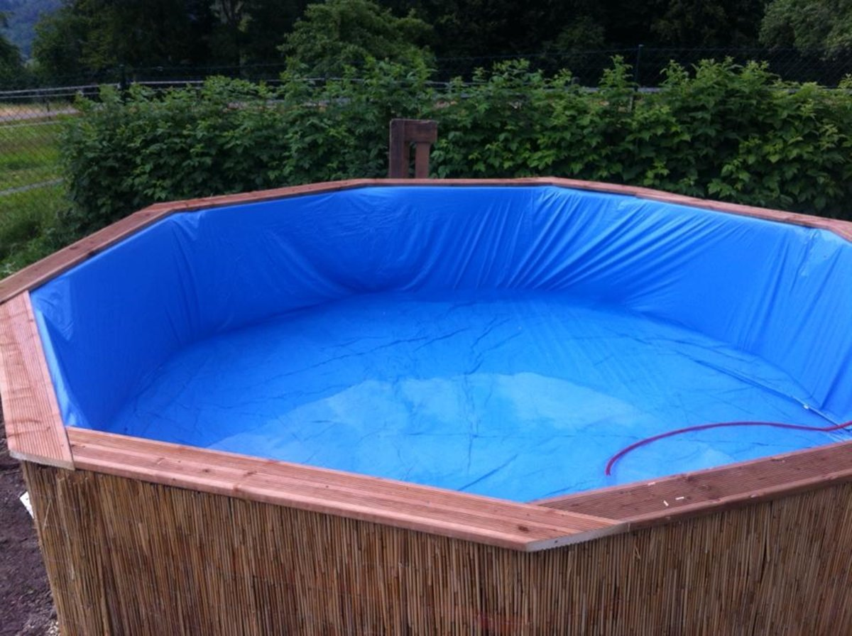 Каркасный бассейн из подручных материалов фото