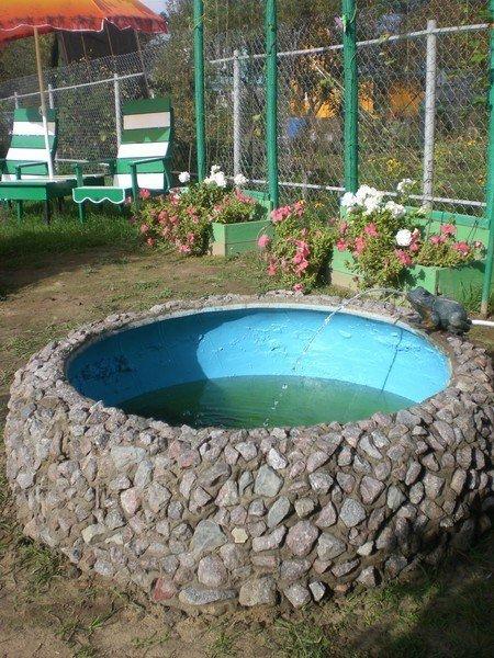 Задекорированный бассейн из покрышки