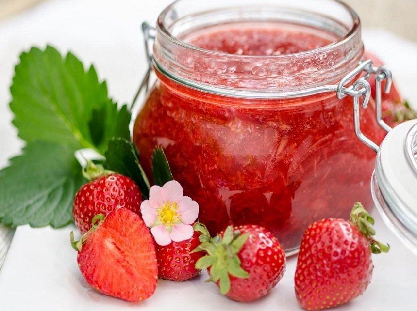 Как сварить клубнику в желе