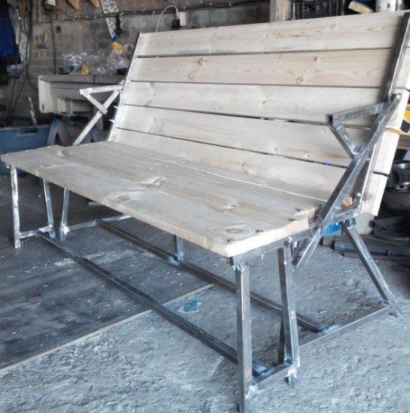 Скамейка, сделанная своими руками, в собранном виде