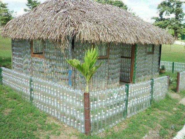 Дом своими руками из бутылок