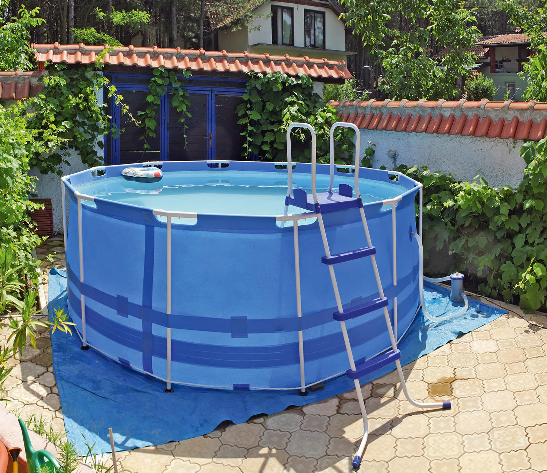 Каркасный бассейн для дачи. Как сделать бассейн 83