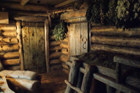 Традиционная старая баня