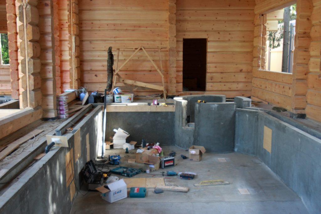 Готовая бетонная чаша бассейна