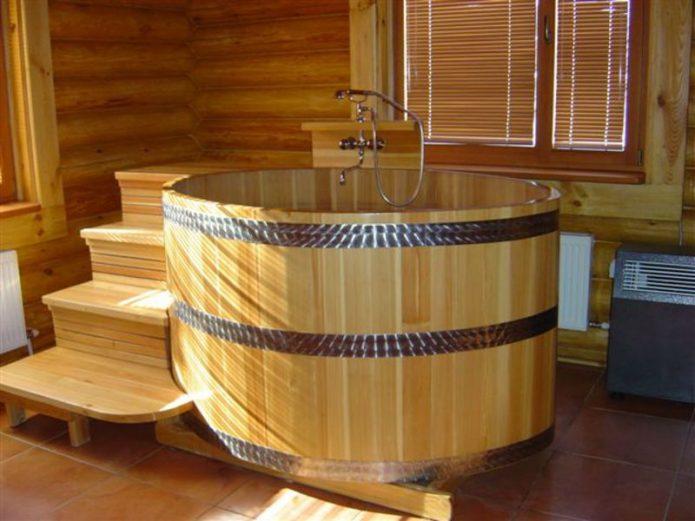 Открытая купель в бане