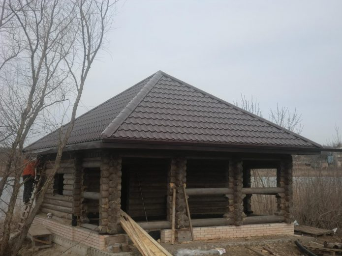 Шатровая крыша