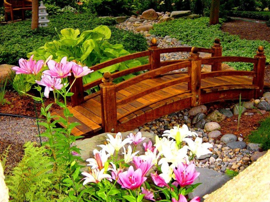 стене садовый декор в ландшафтном дизайне фото как горнолыжный